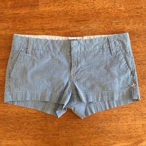 "HURLEY ""short shorts"""